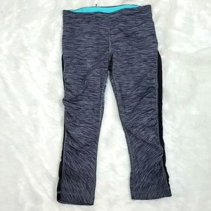 Lululemon lace crops running pants spots size 4